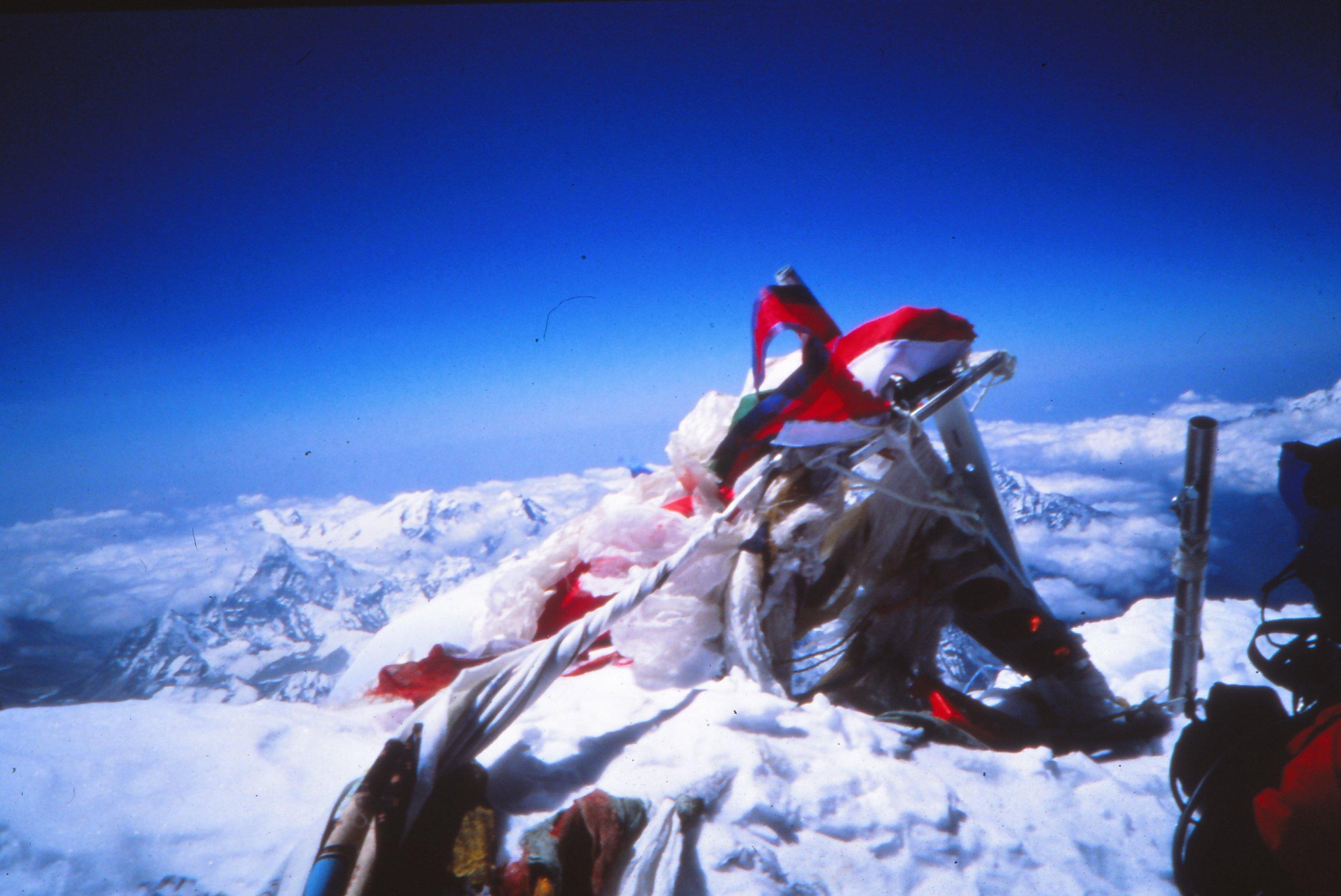 Everest-summit-972.jpg