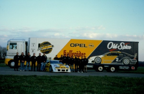 Rosberg 1996 Team Roll Out.jpg