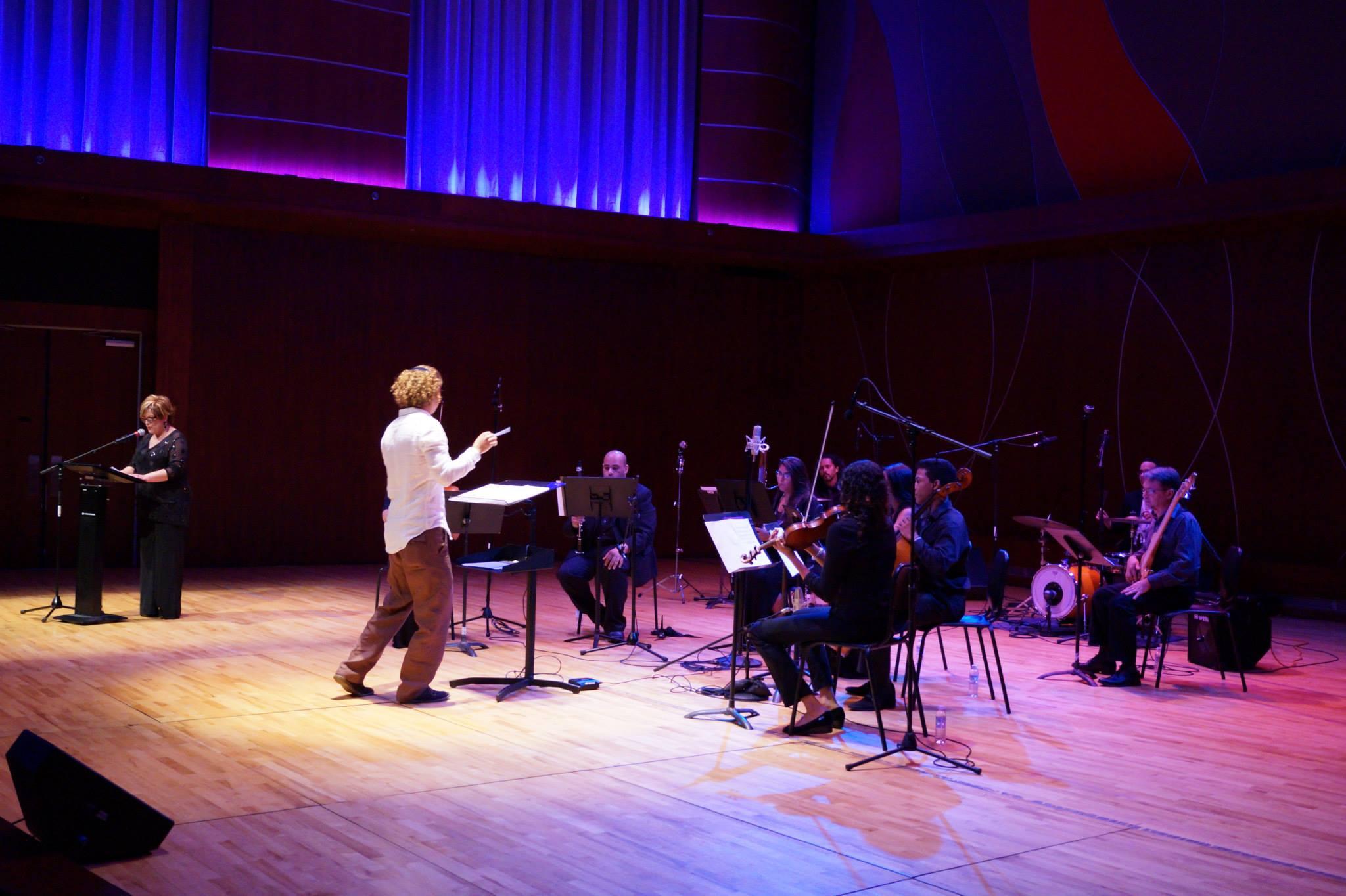 En clave de poesía en vivo Conservatorio de música de Puerto Rico