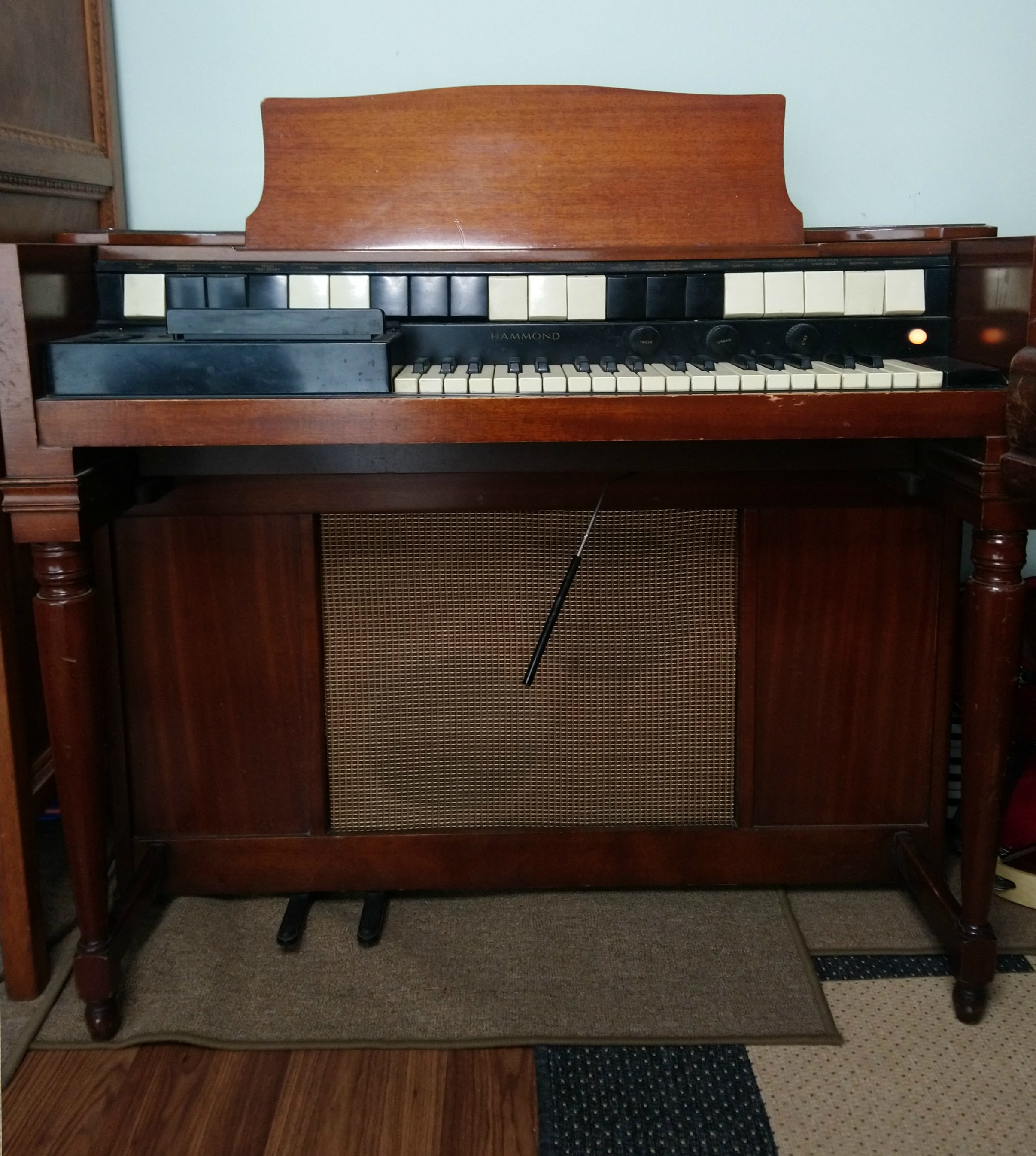 Hammond S6 Chord Organ (1958) -