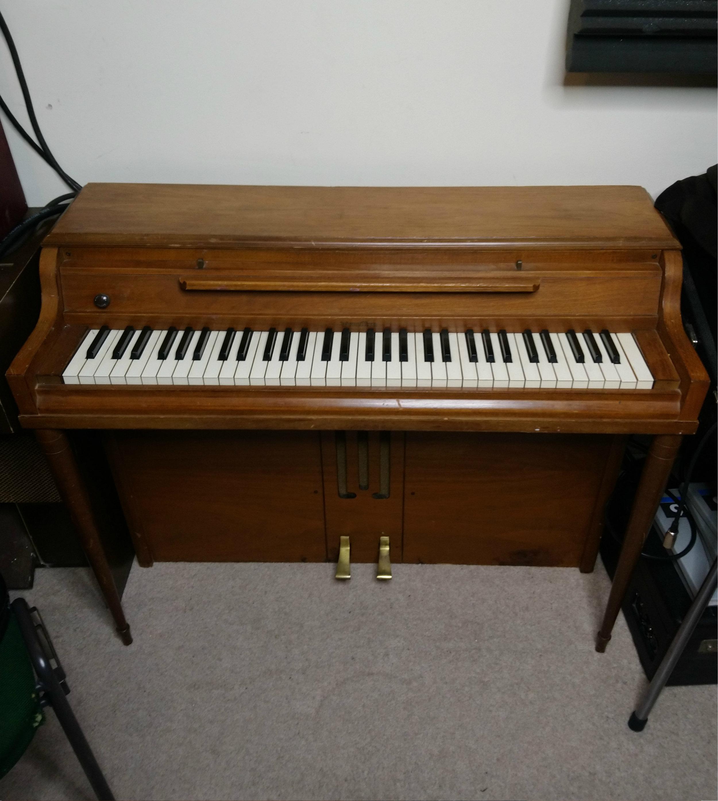 Wurlitzer 700 Electric Piano (1959) -