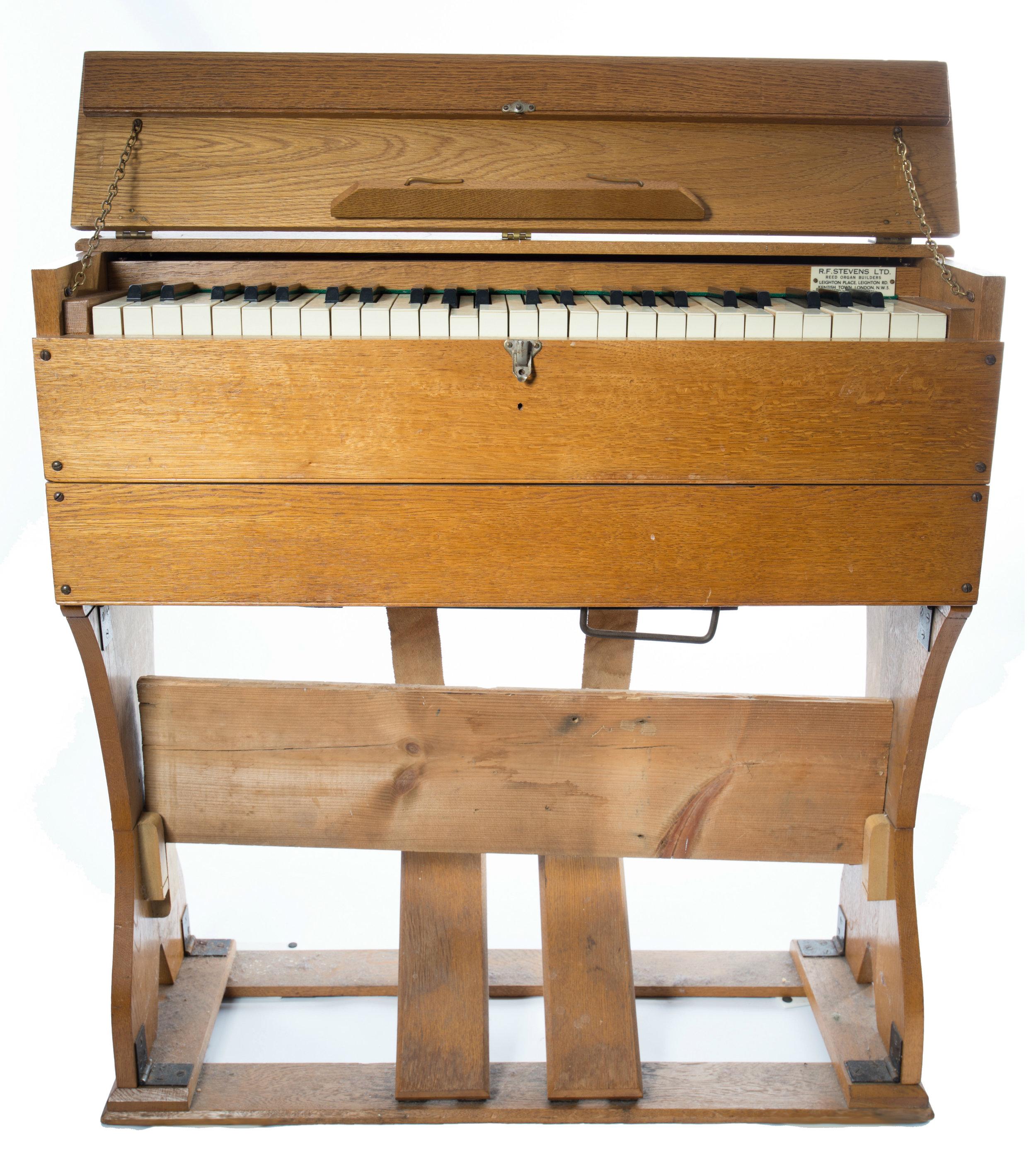Harmonium RF Stevens (1952) -