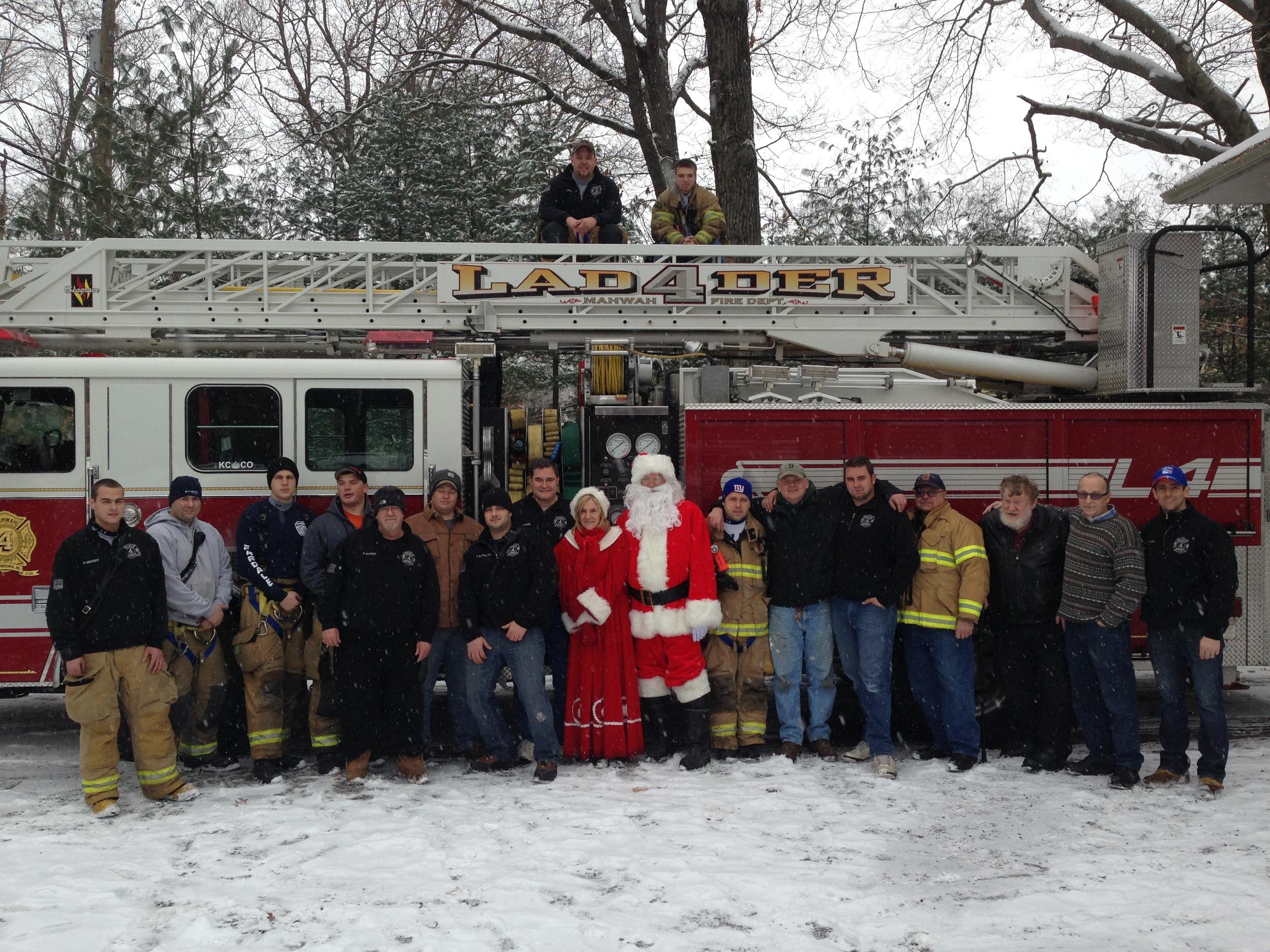Annual Santa visits Fardale Day