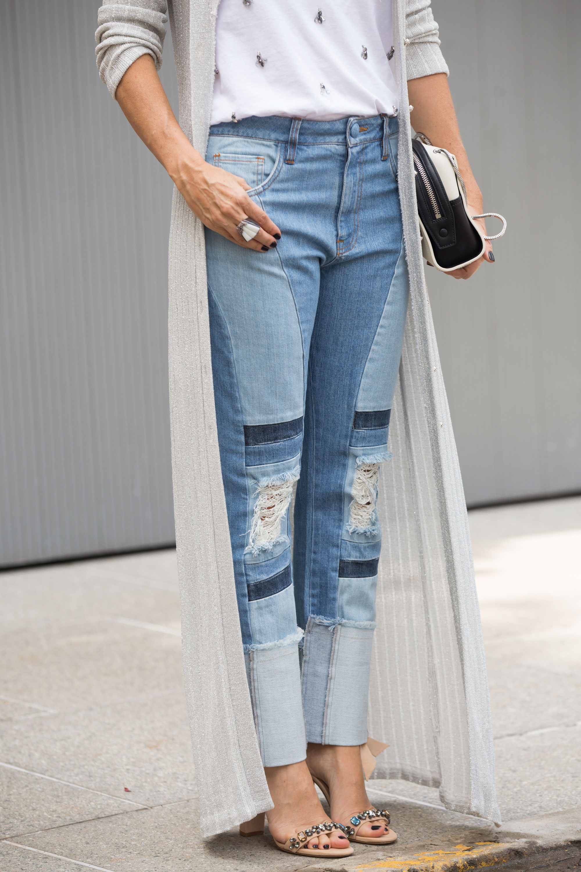 Detalhe calça destroyed