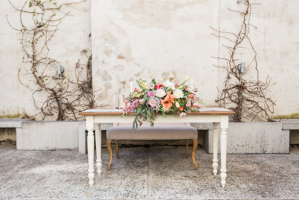 Photo by Jessica Cooper. Rentals FMNVR. Florals by Papertini
