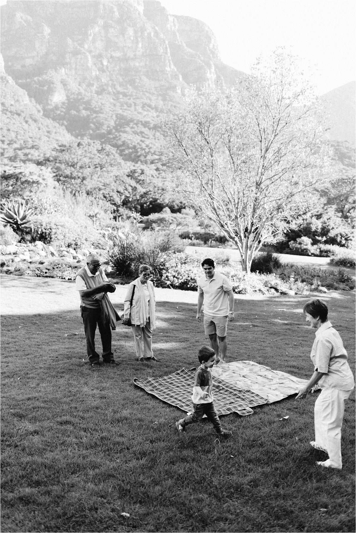 thephotfarm_family_session_Kirstenbosch_0035.jpg