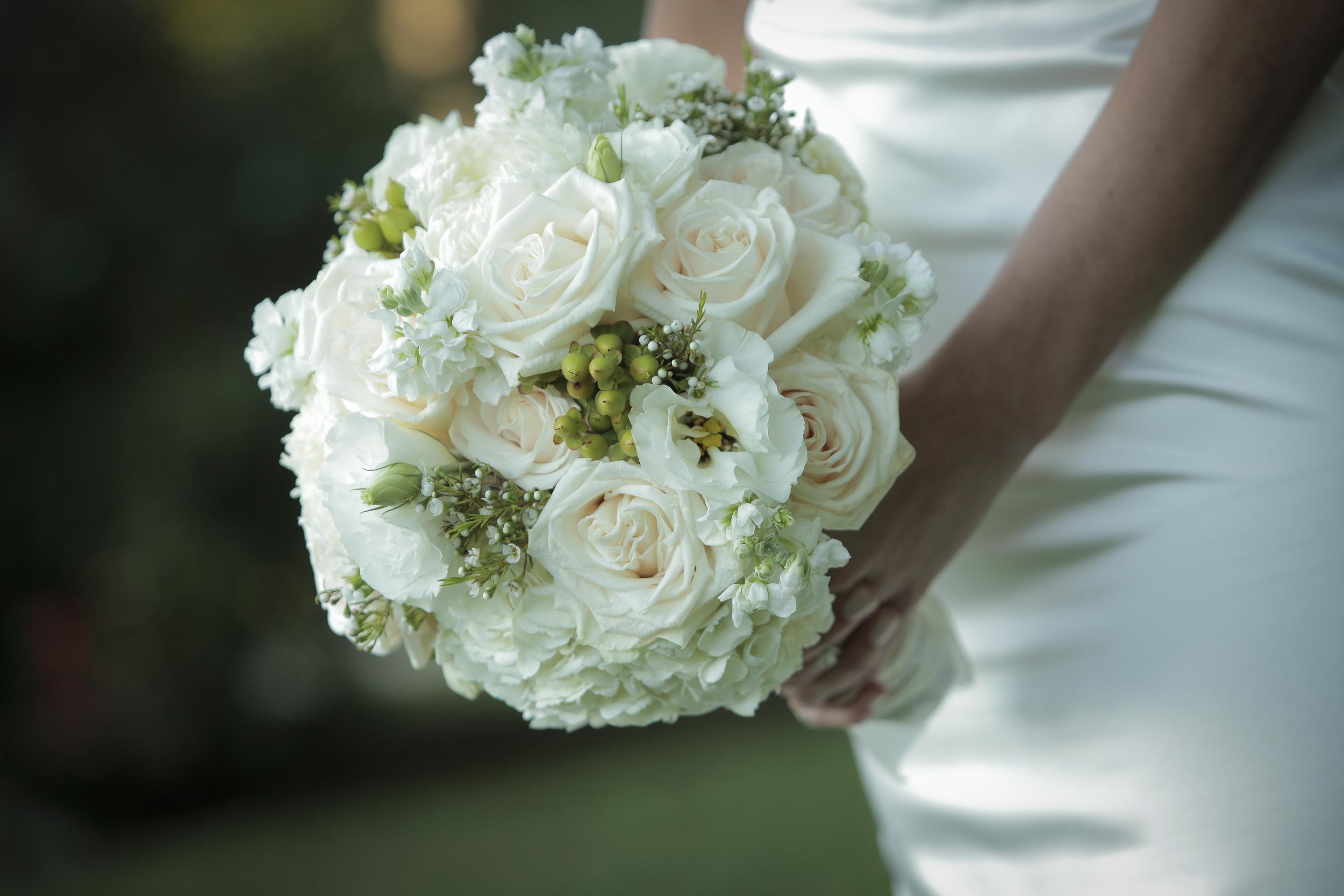Chakos Wedding Flowers 1.JPG