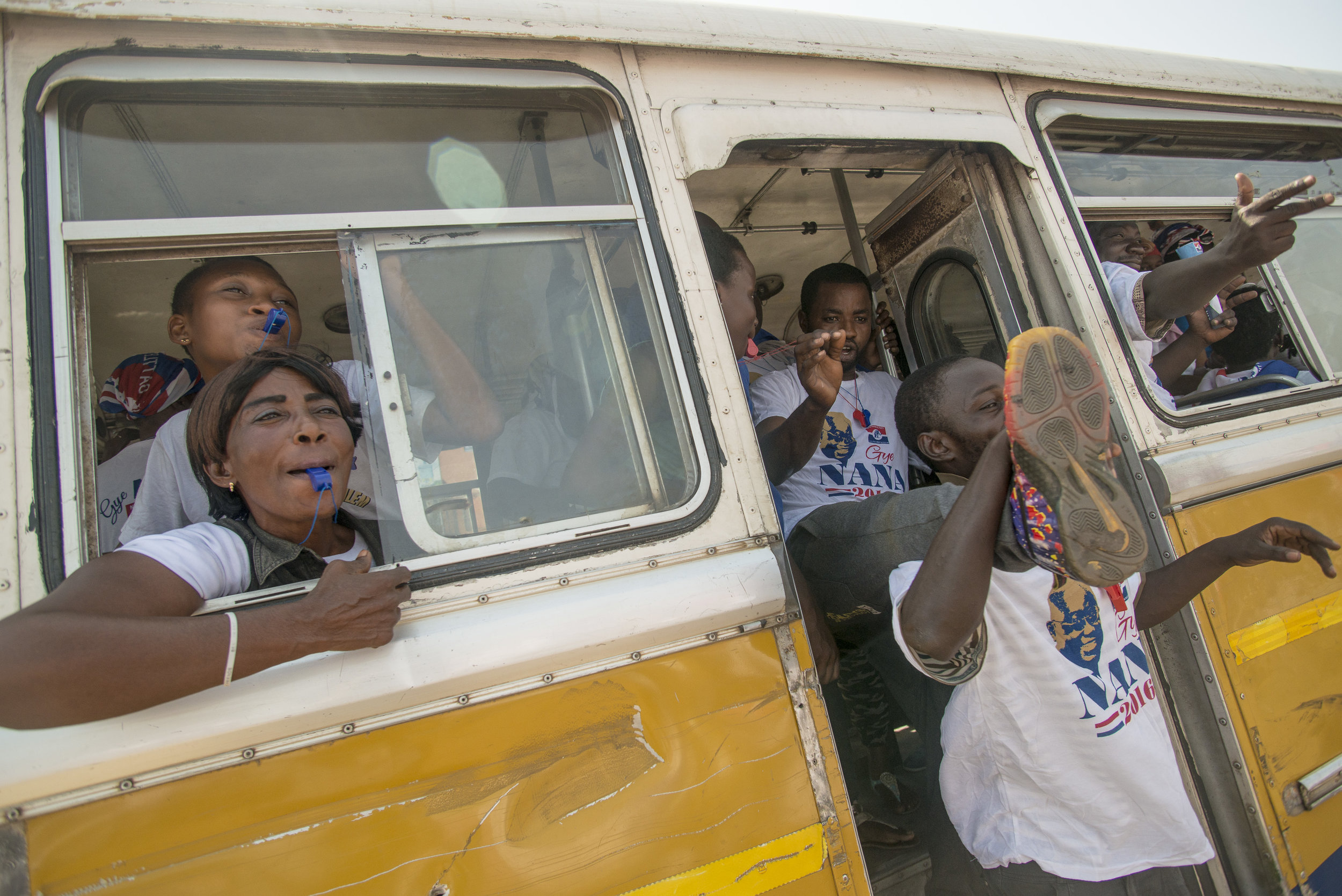 NPP (New Patriotic Party) supporters heading to the last rally, Grand Finale, in Accra ahead the December 7th General Election