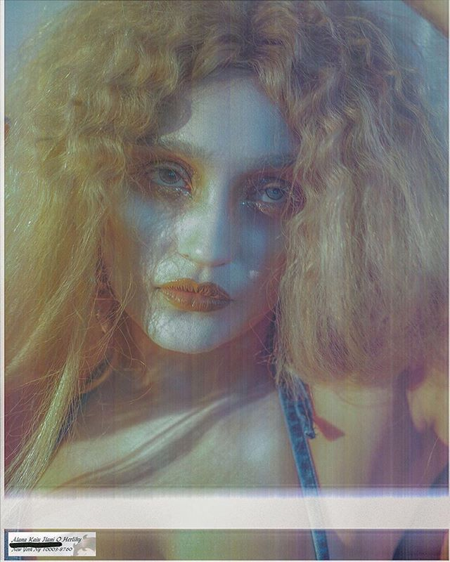 🌬 @lilmami_lani 🌬 ・・・ #Repost WANDA THE WEATHER GYAL #SelfPortrait Weather Wig: @evaniefrausto  Wicked Wench: @laramiemakeup | @yazzjansen @mikey_tubolino