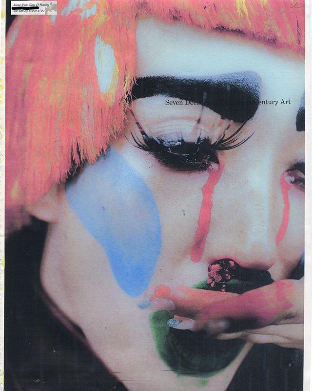 she bleeds #rhinestones 🚨🚨🚨@lilmami_lani @evaniefrausto @laramiemakeup | @mikey_tubolino @yazzjansen