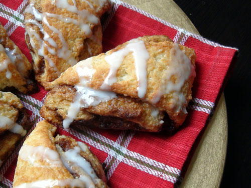 christmas-cinnamon-scones.jpg