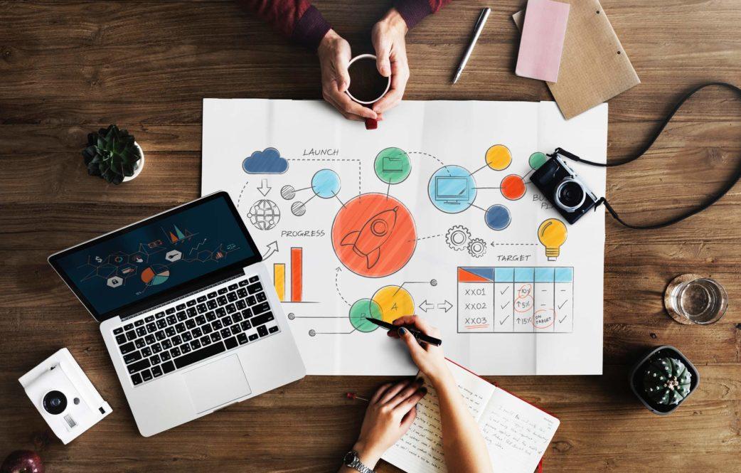 نقدم حلول وأفكار لإنشاء وتطوير تجارتك الإلكترونية -