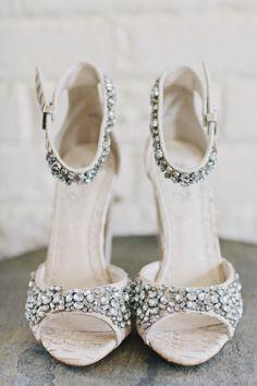 Shoes Alice & Olivia | Photo  Christina McNeil