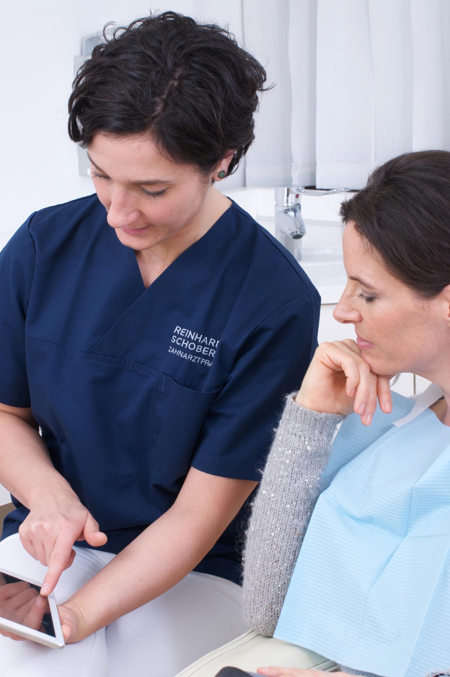 Zahnarztpraxis-Schoberer-Gruenwald-Beratung-1.jpg