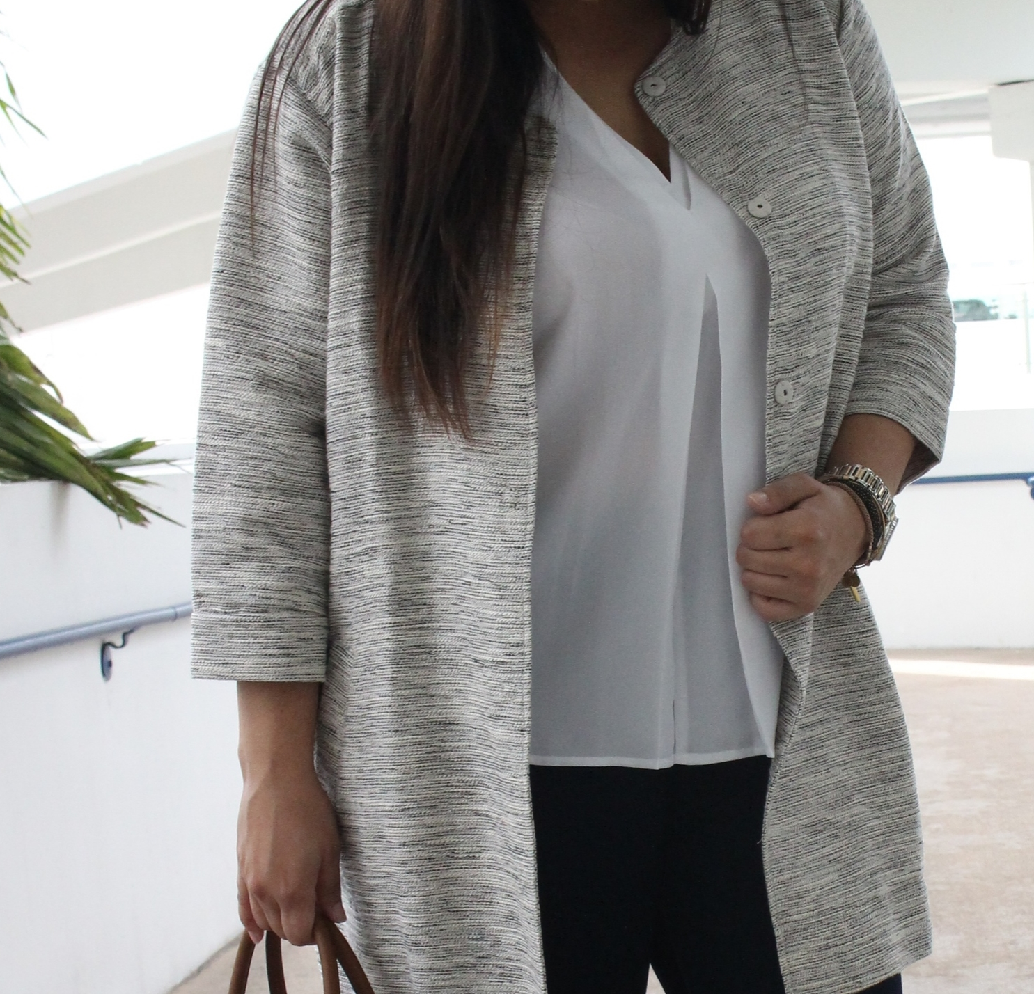 10 pieces to include in your capsule wardrobe this spring for a minimalist closet // miami lifestyle blogger / Macys / Eileen Fisher / slow living blogger