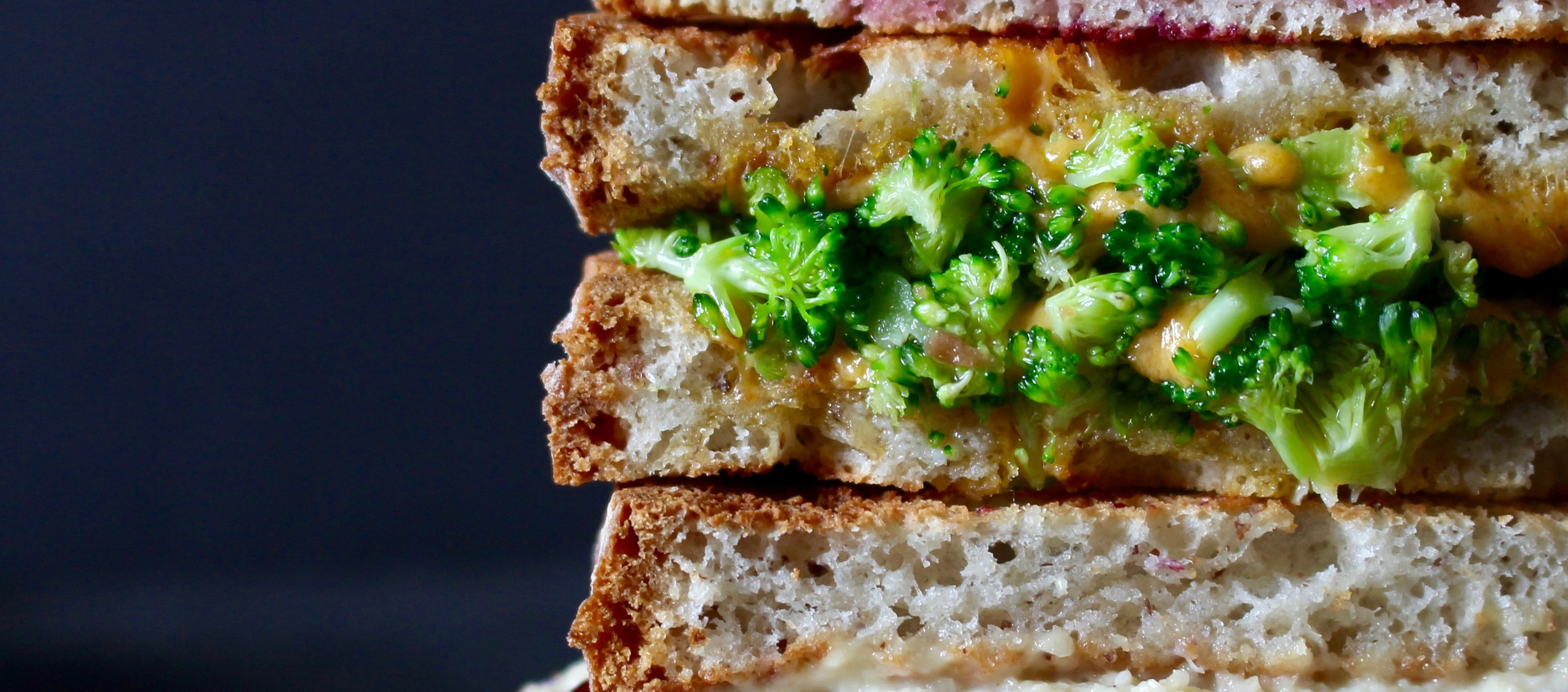 vegan grilled cheese sandwich recipe / broccoli cheddar / vegan + gluten free perfect for lunch | Miami Lifestyle blogger Zeinab Kristen | Your off the grid guide to simple slow sustainable travel & lifestyle
