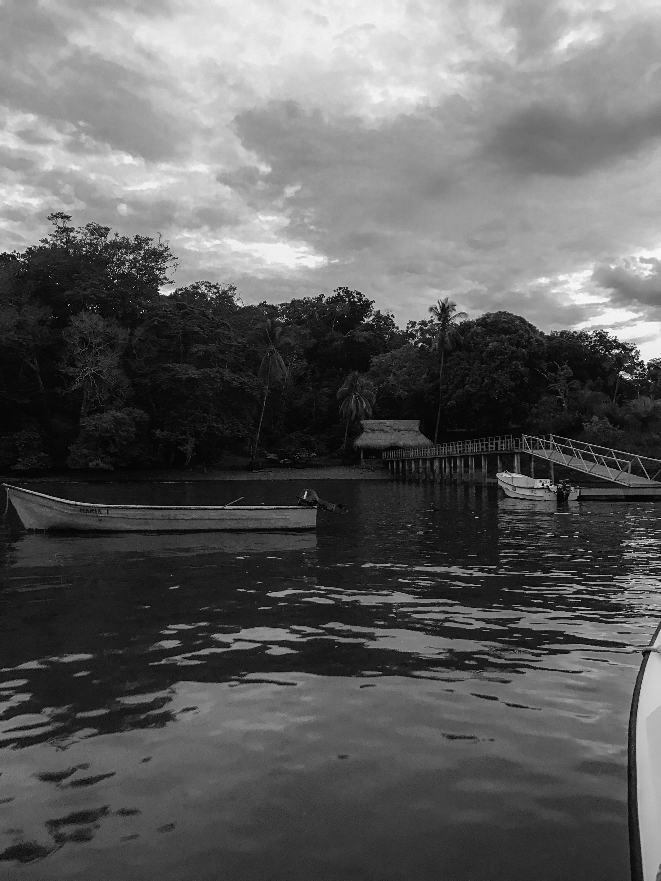 Arriving to the main dock at Isla Palenque