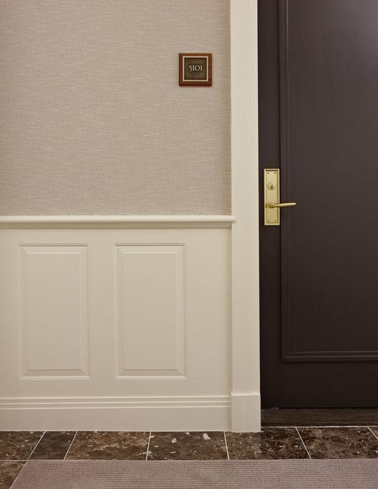 public-800-n-michigan-corridor-door-detail-2.jpg