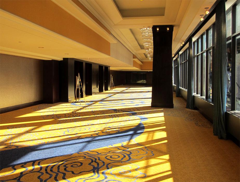 hospitality-amway-crown-foyer.jpg