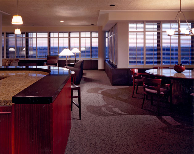 hospitality-amway-guest-suite-living.jpg