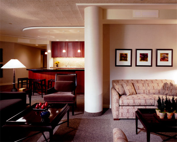 hospitality-amway-guest-suite-living-dining.jpg