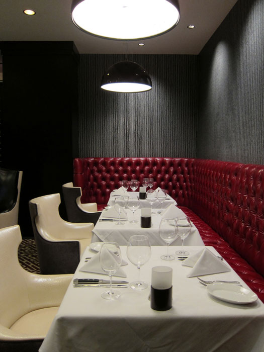 hospitality-amway-ruths-chris-corner-banquette.jpg