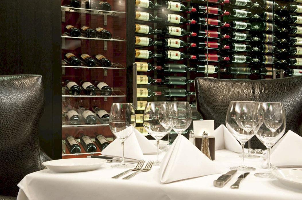 hospitality-amway-ruths-chris-wine-glasses.jpg