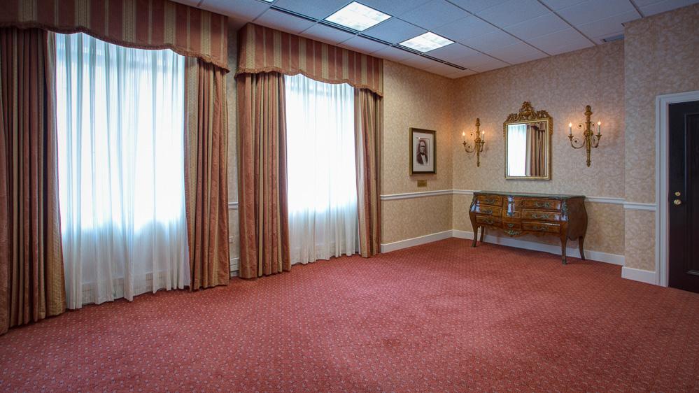 Lyon_Room-131227_dhp.jpg