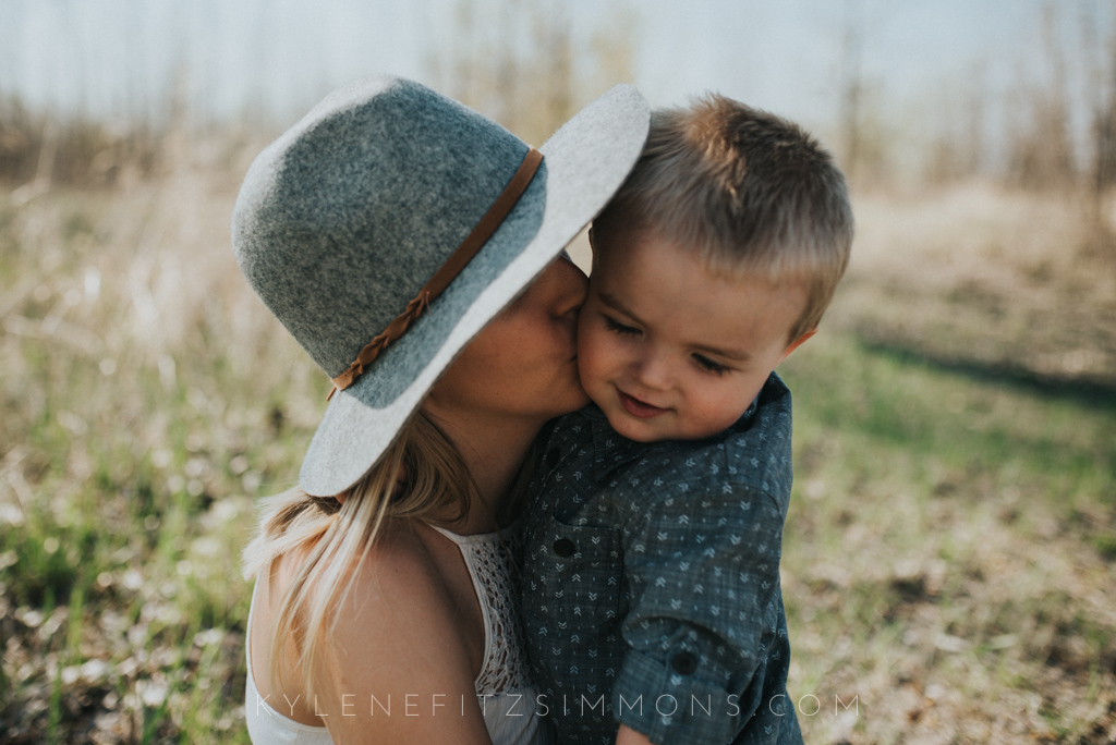 mother son photography kylene fitzsimmons-4.jpg