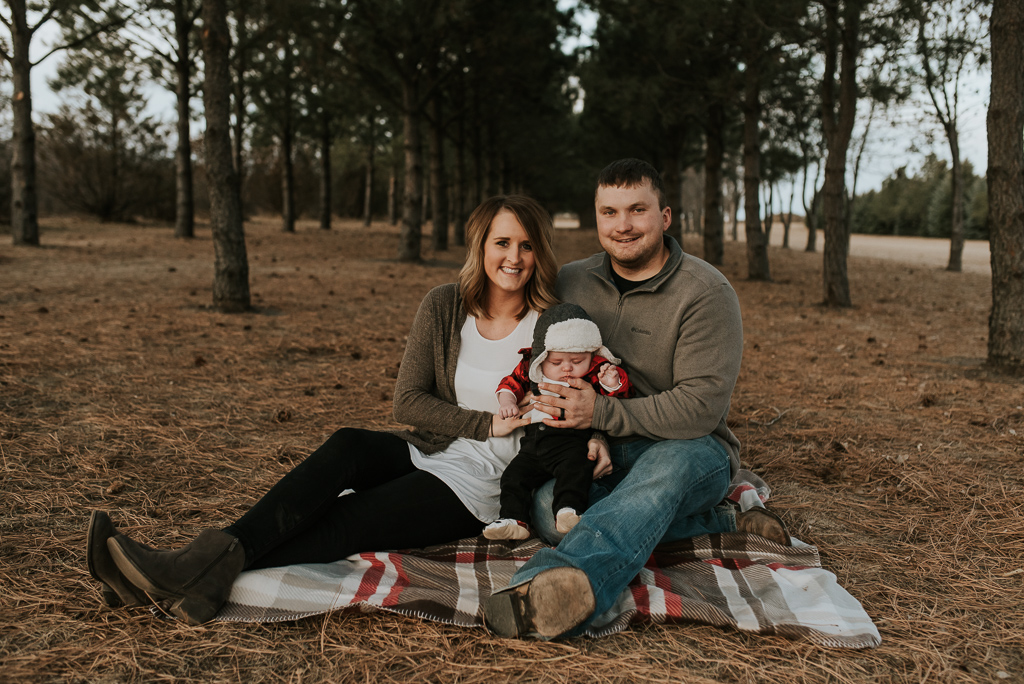 fall-family-photographer-bismarck-9.jpg
