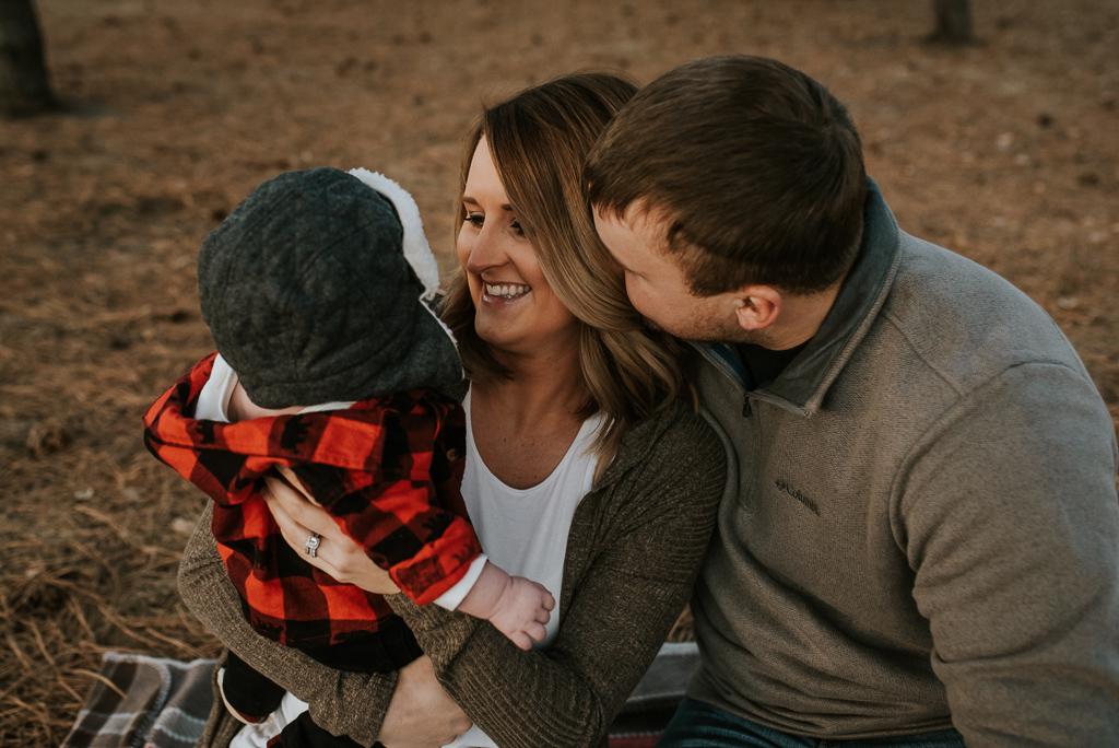 fall-family-photographer-bismarck-11.jpg