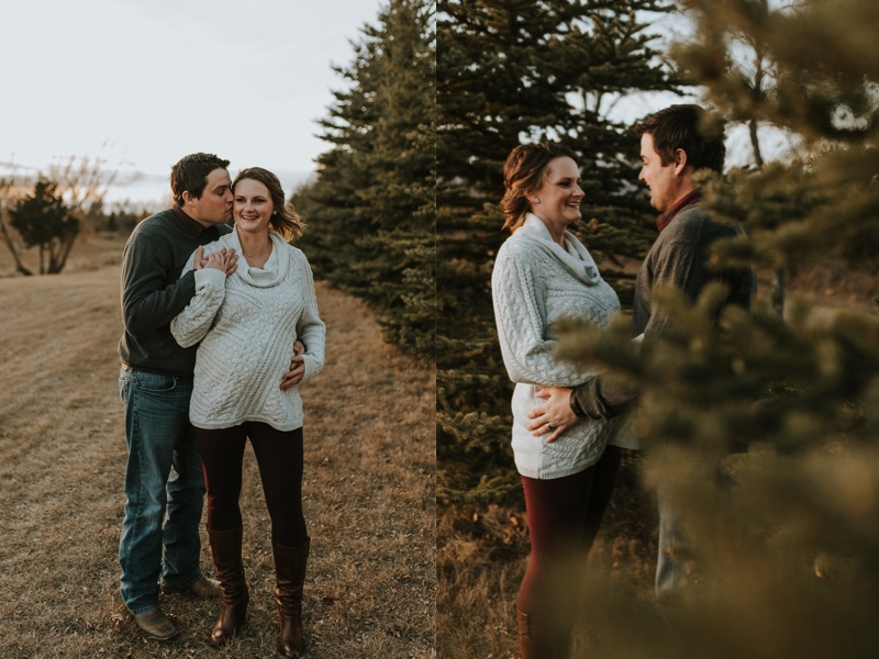 winter-maternity-photographer-minot-4.jpg