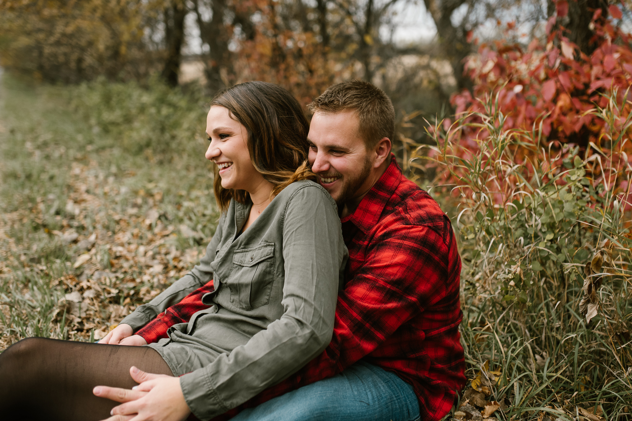 fall-engagement-bismarck-photos-5.jpg