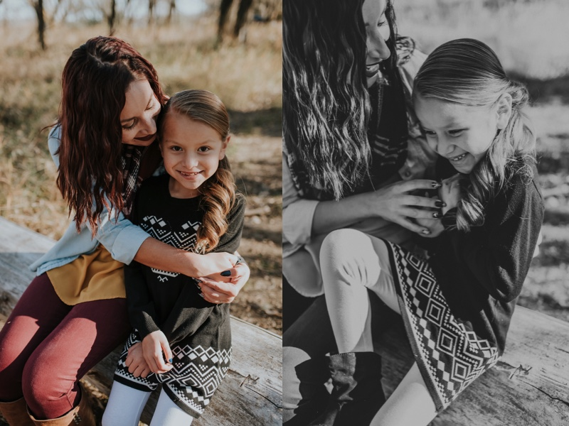 mom-daughter-photos-fall-1.jpg
