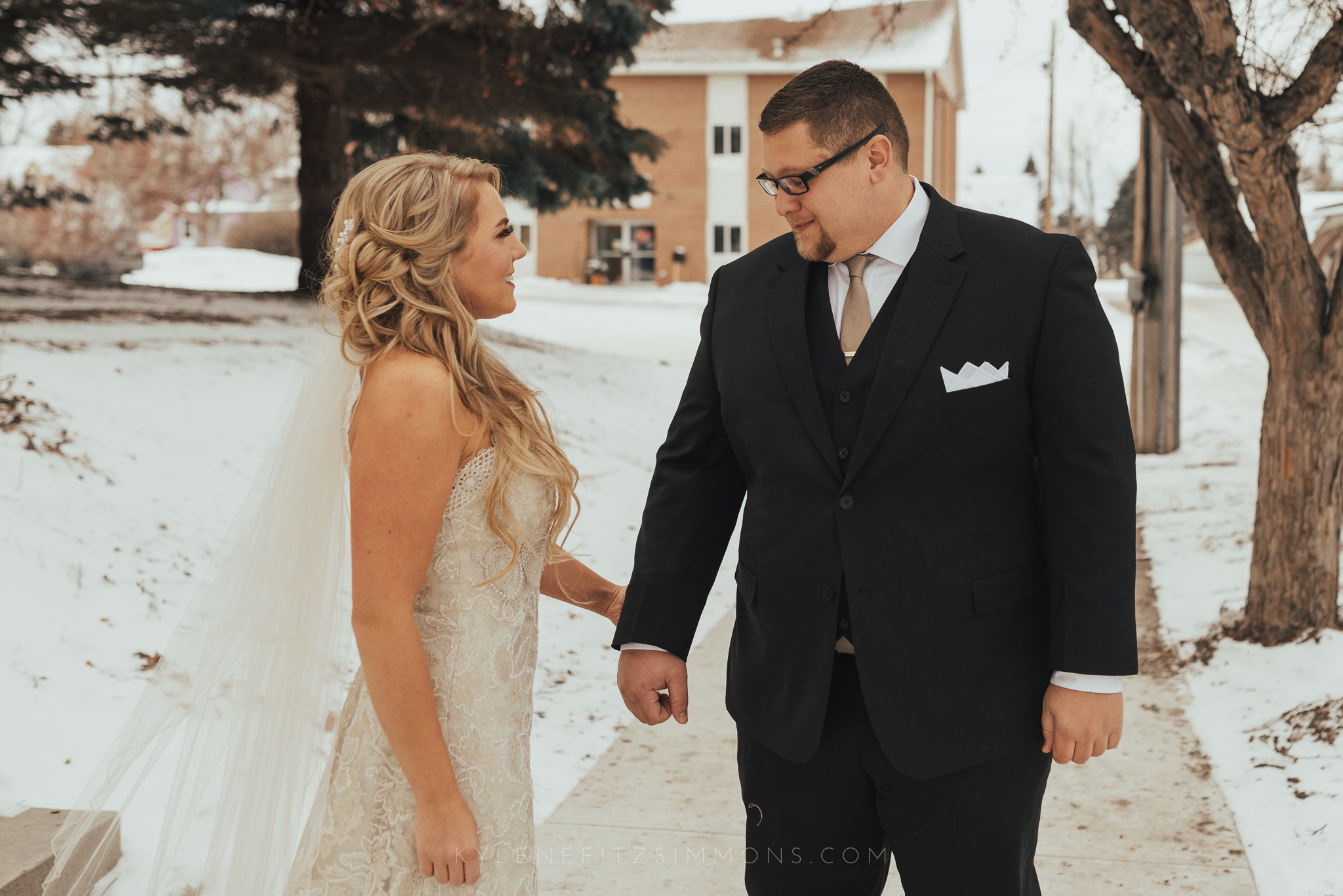 giannonatti-minnesota-winter-wedding-19.jpg