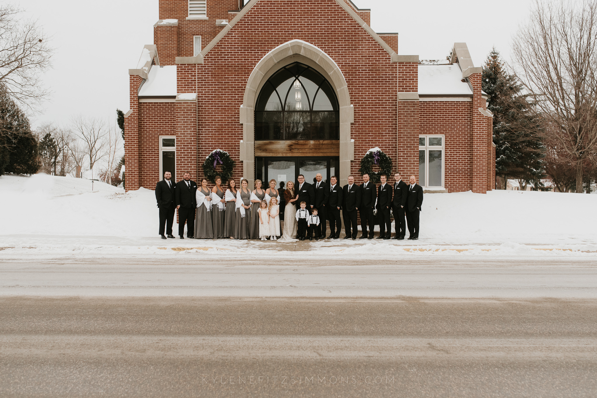 giannonatti-minnesota-winter-wedding-53.jpg