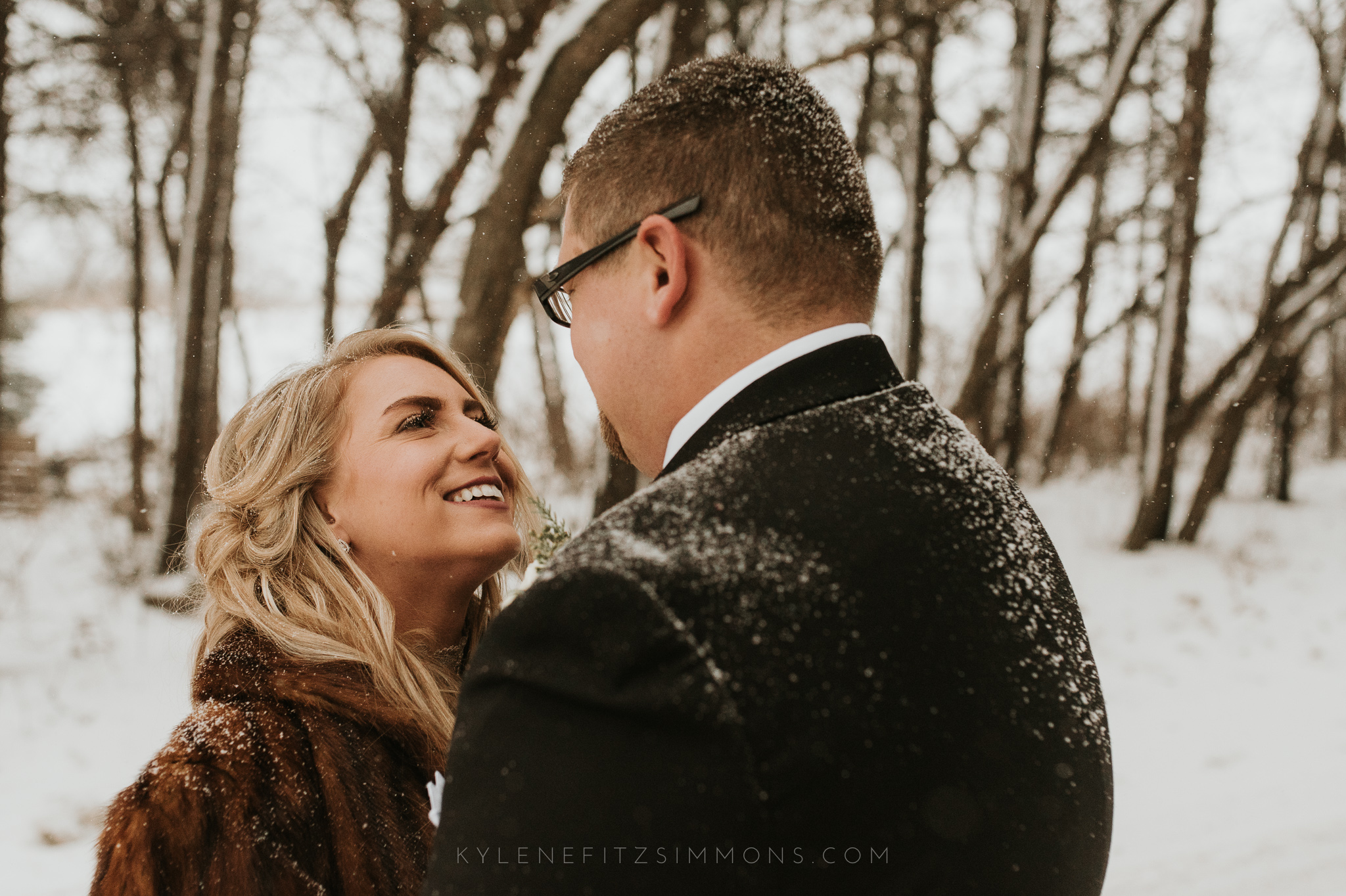 giannonatti-minnesota-winter-wedding-97.jpg