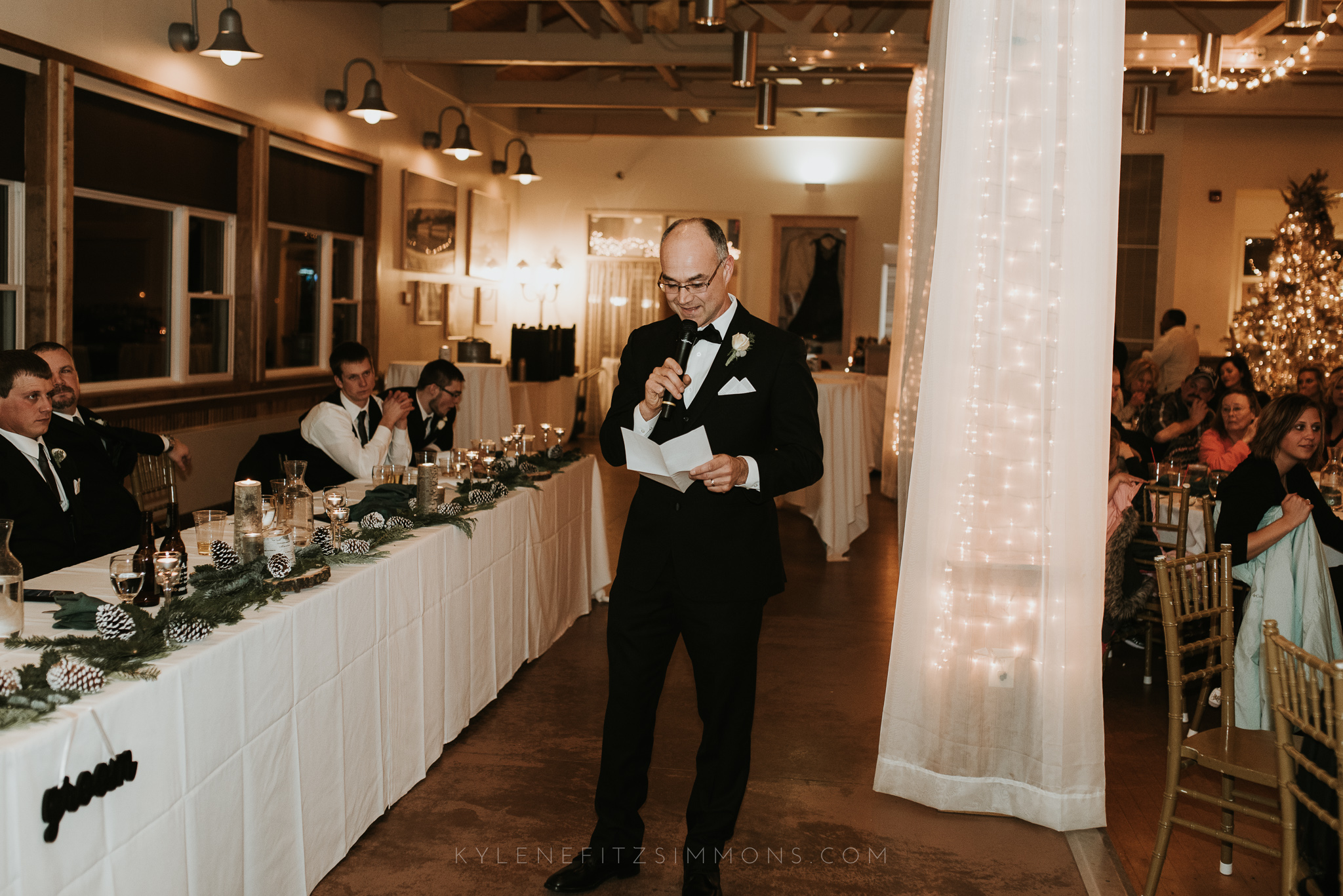 giannonatti-minnesota-winter-wedding-123.jpg