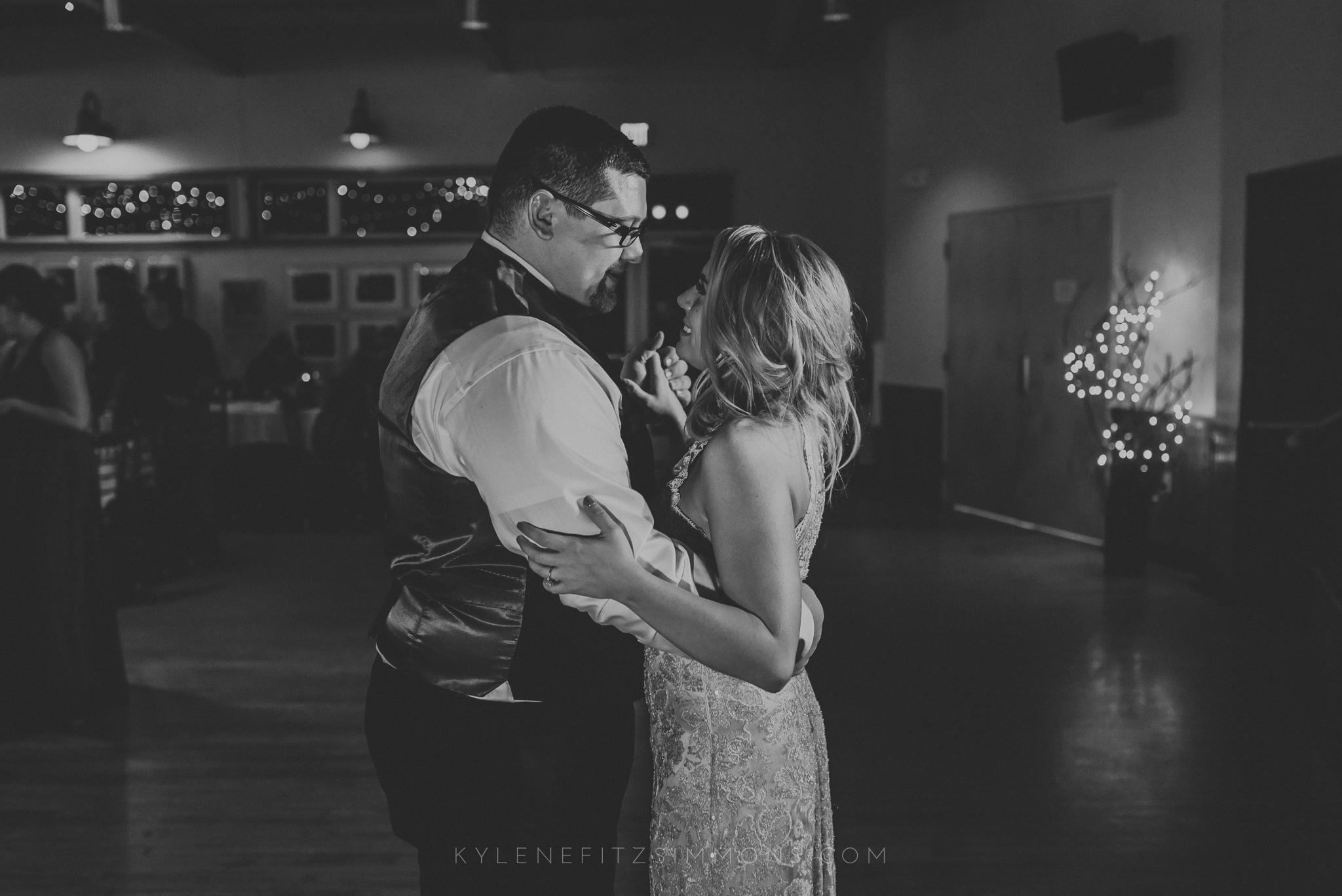 giannonatti-minnesota-winter-wedding-132.jpg