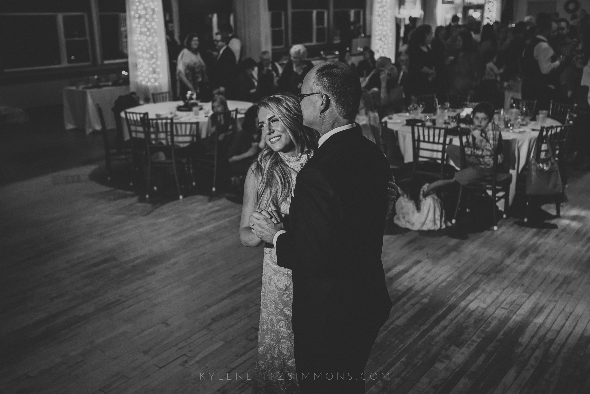 giannonatti-minnesota-winter-wedding-139.jpg
