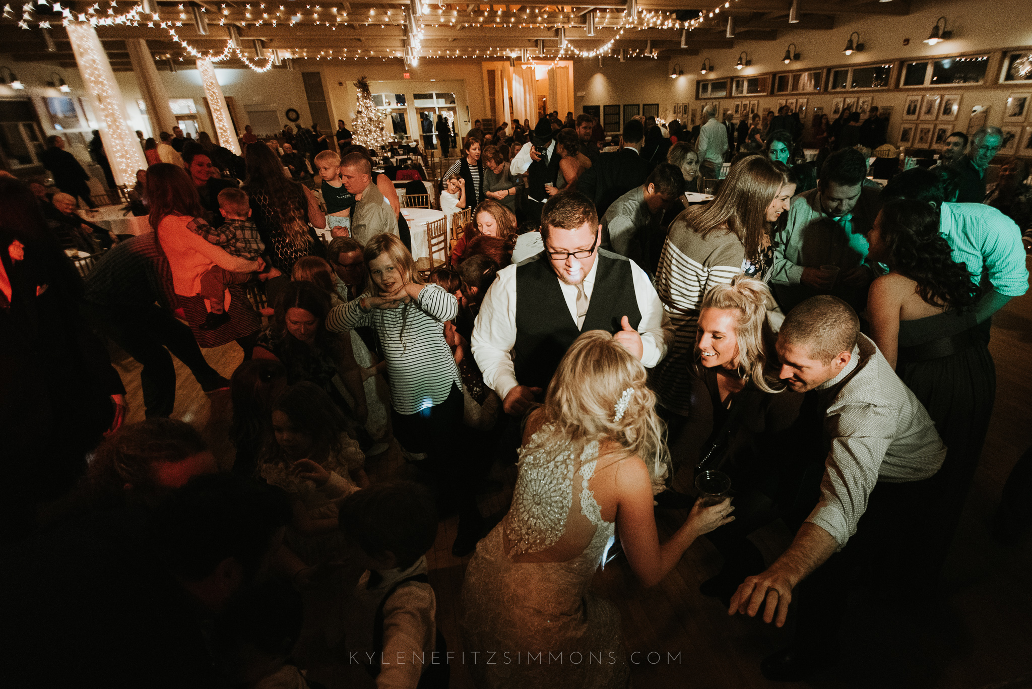 giannonatti-minnesota-winter-wedding-146.jpg