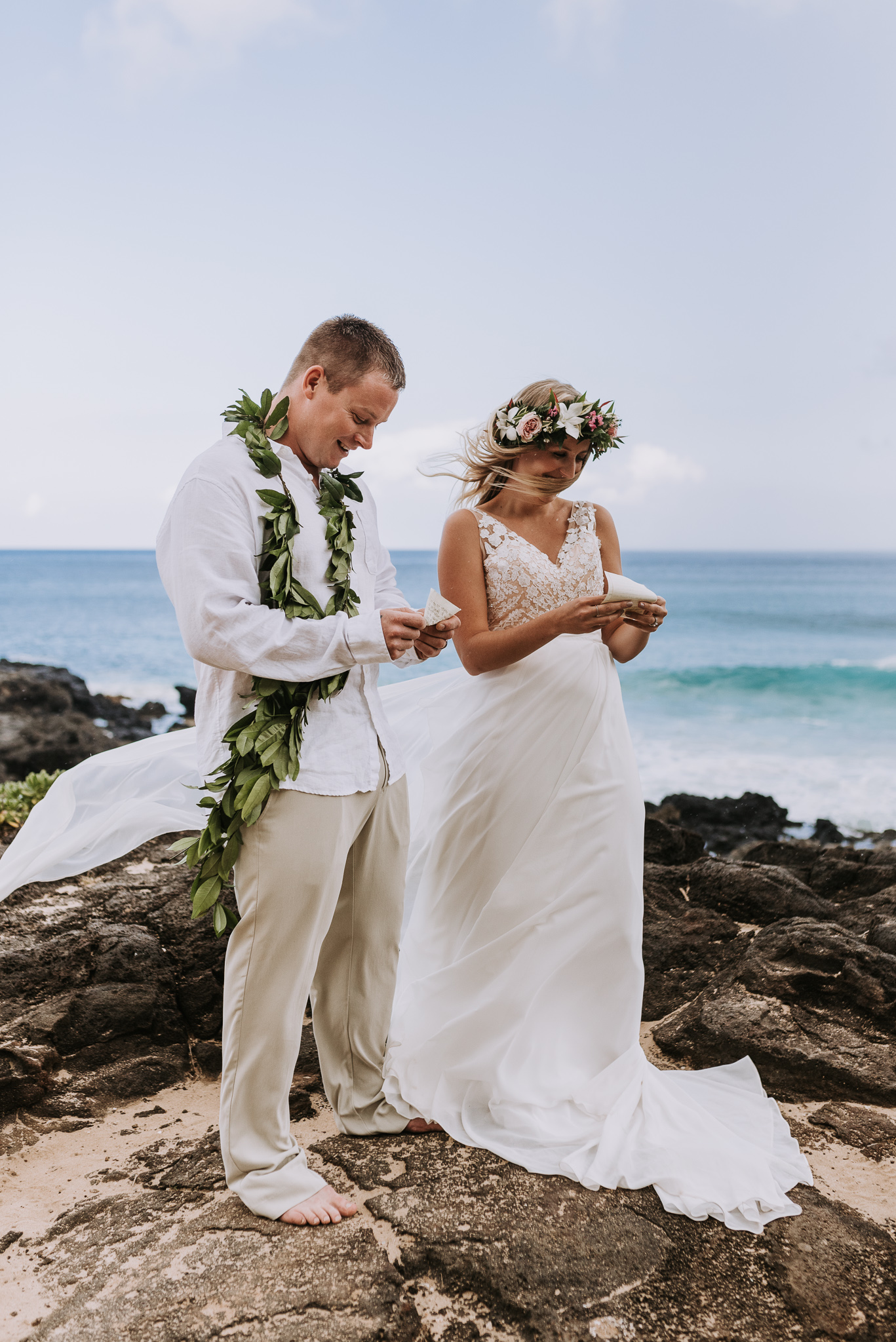 hawaii-wedding-destination-photographer-oahu-9.jpg