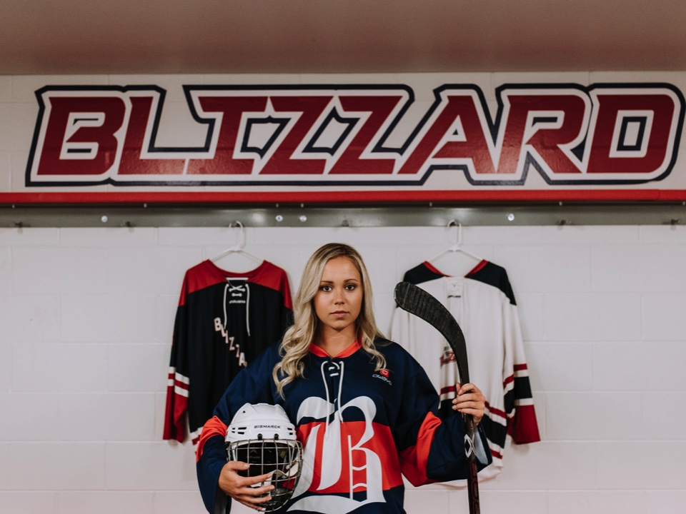 bismarck-hockey-senior-pictures.jpg