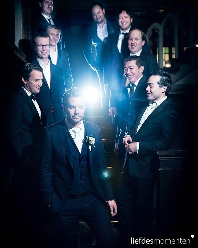 Group portrait of the groom and his friends at Kasteel Kerkebosch, Zeist. . . #liefdesmomenten #weddingphotography #weddingphotographer #photo #weddingfilm #wedding #yesido #theperfectwedding #prewedding #trouwen #bruidsfotograaf #trouwfotograaf #trouwfotograaf #bruidsfotografie #destinationwedding #bride #groom #weddingdress #trouwenin2018 #trouwenin2019 #groom #groupportrait #kasteelkerkebosch