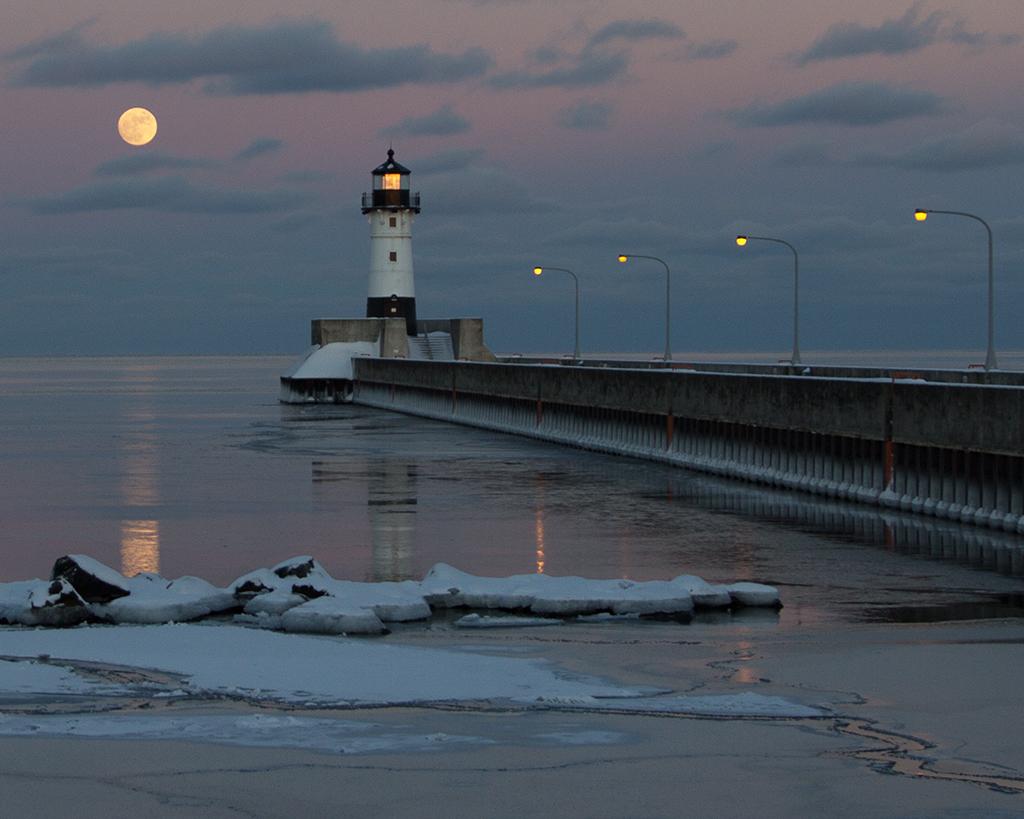 Full Moon North Pier
