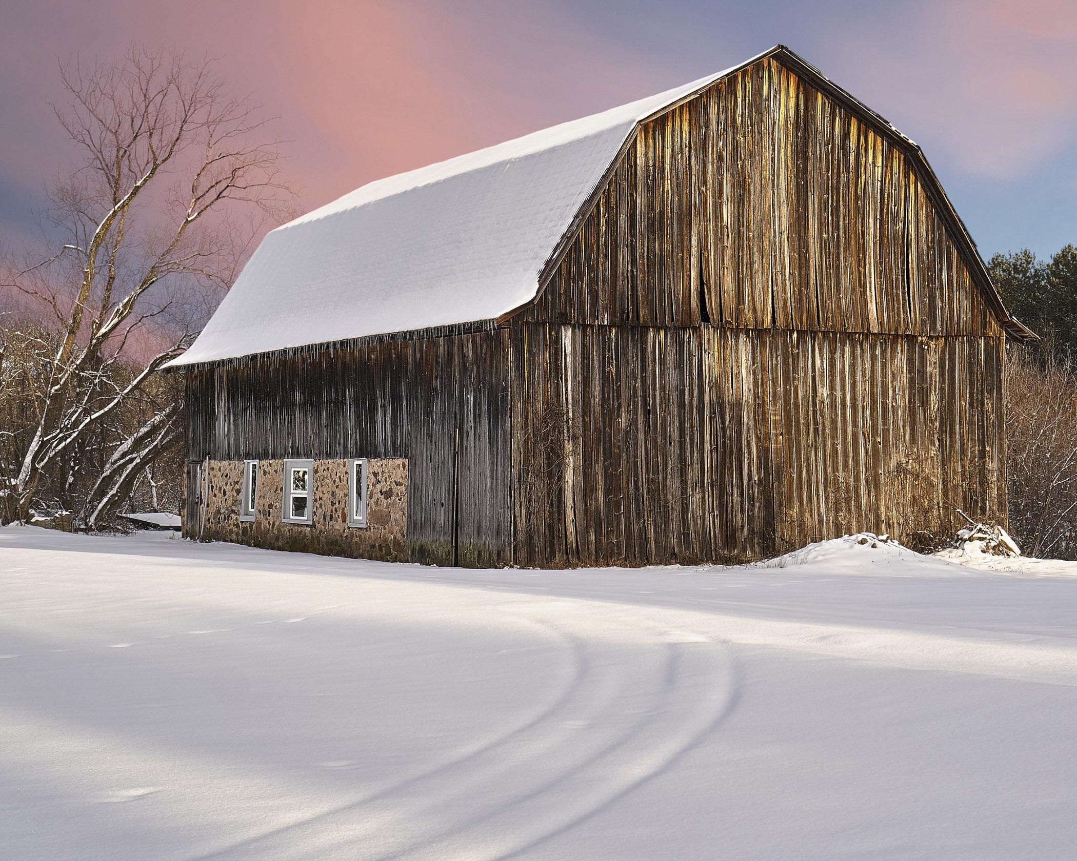 Late Afternoon Barn - Bob Crocker