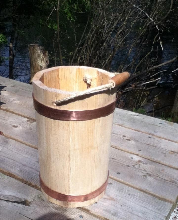 Pine Water Bucket