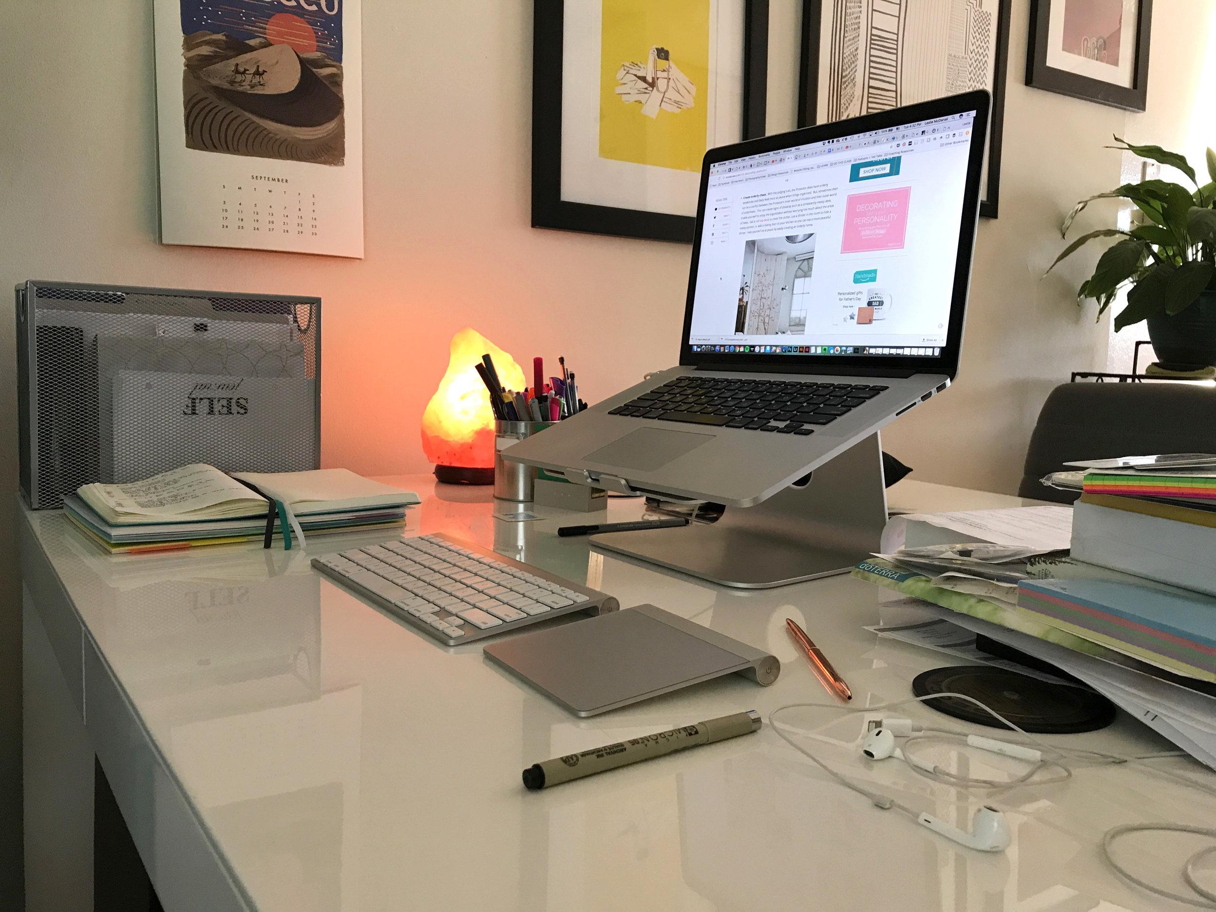 INFJ Desk