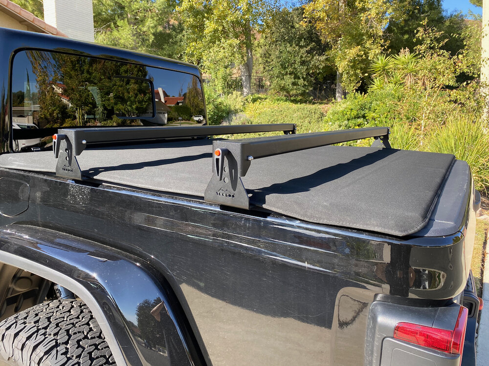 jeep gladiator aluminum hi rise crossbars for use with tonneau covers kb voodoo fabrications