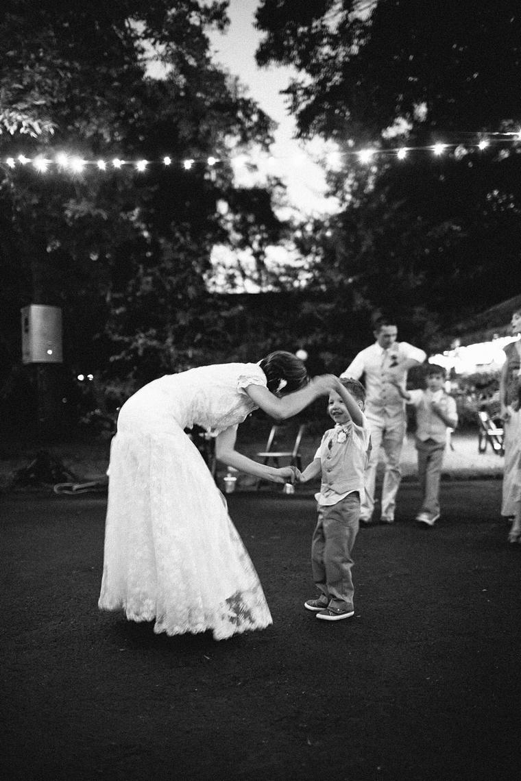 Nashville_Wedding_Photographers__889.jpg